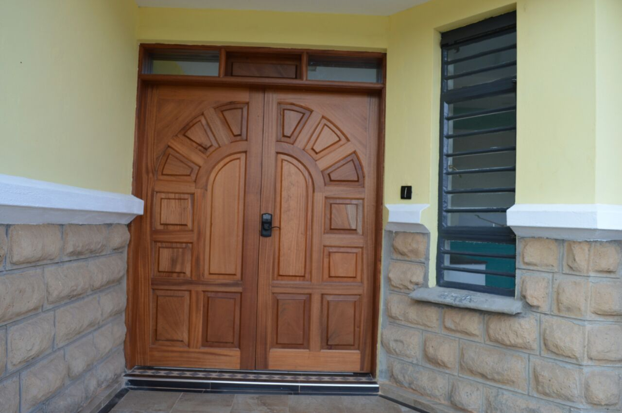 Orion 4 Door Kitchen Pantry Masterful Design And Modern Luxury 4 Bedroom Maisonette For Sale