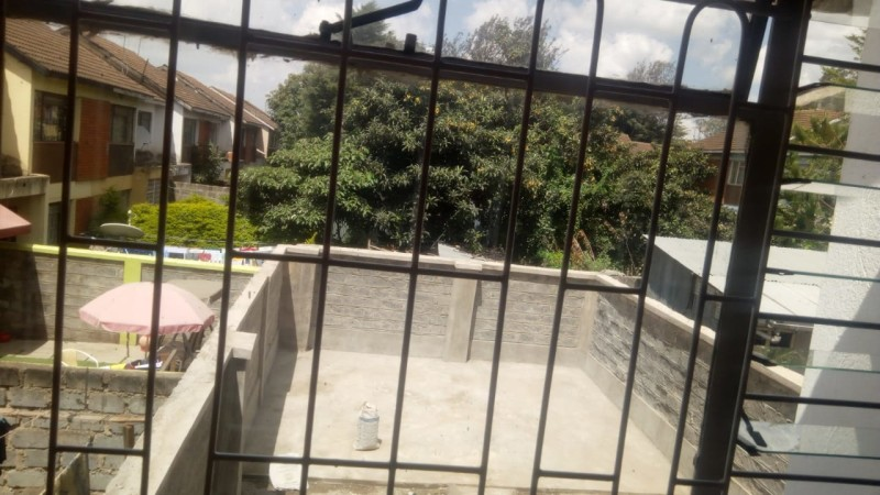 3 bedroom maisonette with dsq located in langata point