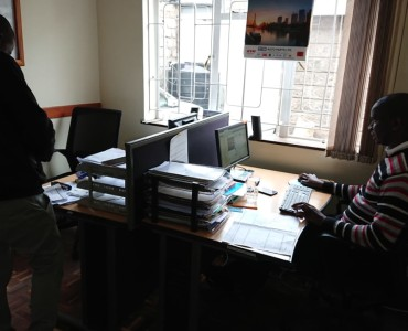 4 Bedroom Maisonette with Dsq available for let as an office (2)