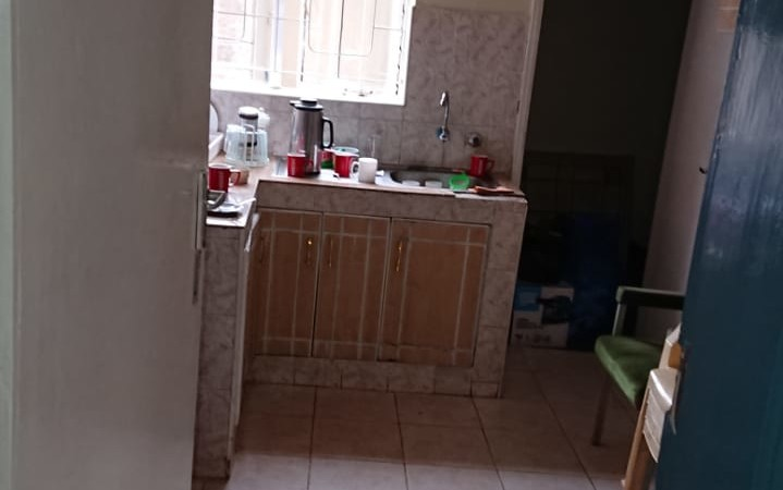 4 Bedroom Maisonette with Dsq available for let as an office (6)