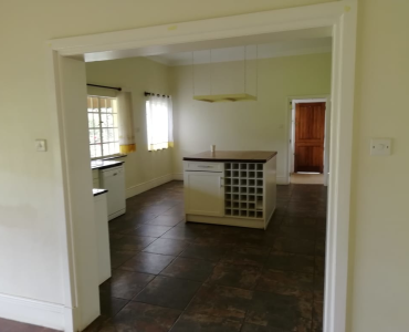 4 Bedroom Maisonette with a Dsq in Hardy Karen (16)