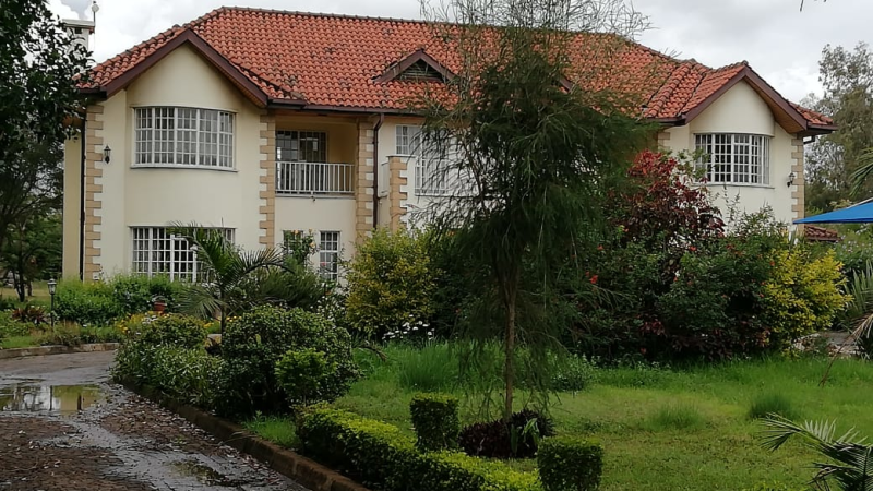 4 Bedroom Maisonette with a Dsq in Hardy Karen (7)