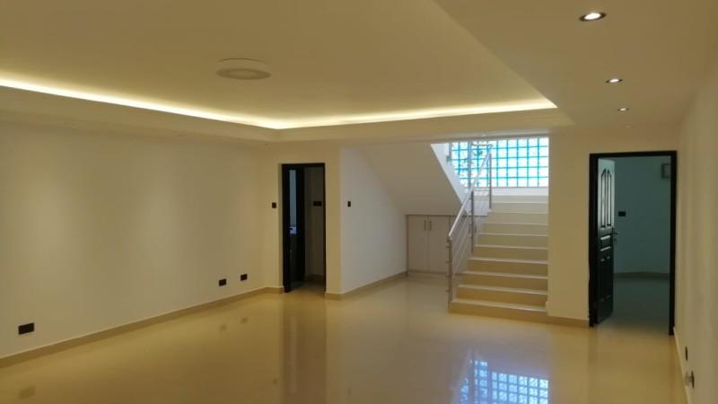 8 Bedroom Maisonette,Runda off Mimosa Drive (25)