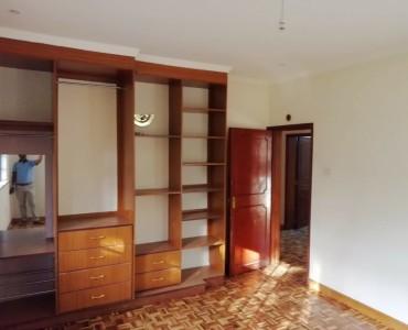4 Bedroom Maisonette with Dsq, Fair Acres Karen (5)