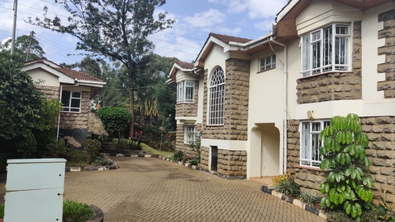 5 bedroom all ensuite maisonette unfurnished with a 2 room dsq located in lavington (14)