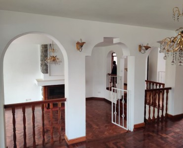 5 bedroom all ensuite maisonette unfurnished with a 2 room dsq located in lavington (2)
