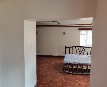 5 bedroom all ensuite maisonette unfurnished with a 2 room dsq located in lavington (4)