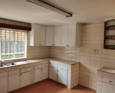 5 bedroom all ensuite maisonette unfurnished with a 2 room dsq located in lavington (5)