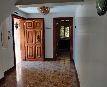 4 Bedroom Maisonette, with a Servants Quarter, Gigiri (7)