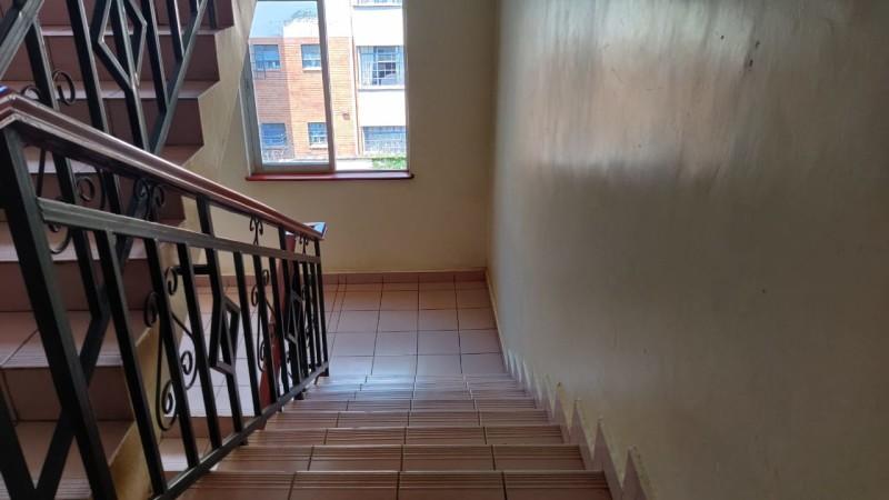 3 Bedroom Apartment, Dennis Pritt Road (10)