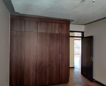 3 Bedroom Apartment, Dennis Pritt Road (5)