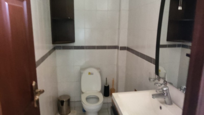 3 Bedroom Apartment, Dennis Pritt Road (8)