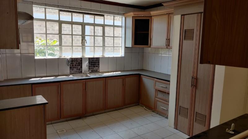 3 Bedroom Apartment, Dennis Pritt Road (9)