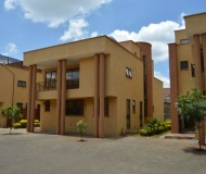 5 Bedroom Townhouse, Grevillea Groove - Westlands (1)