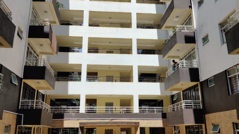3 Bedroom Apartment with Dsq To Let in Lantana (1)