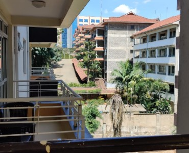 3 Bedroom Apartment with Dsq To Let in Lantana (2)