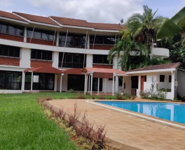 4 bedroom maisonette located in Karen (1)