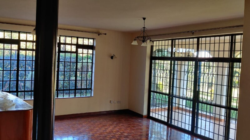 4 Bedrooms with an SQ, Karen- Bomas (12)