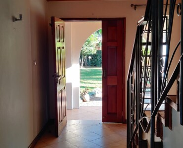 4 Bedrooms with an SQ, Karen- Bomas (4)