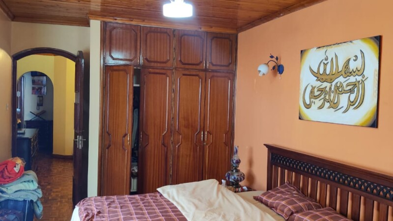 4 Bedroom with Dsq Town House, Westlands off Raphta Rd (5)
